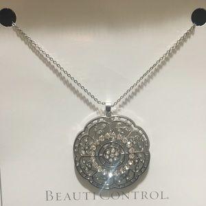Beauticontrol Valencia Mystique Necklace